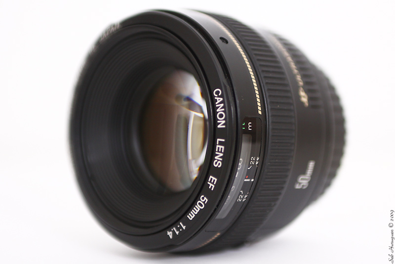 canon-EF-50mm-f1.4-usm-packshot-studio-huruguen