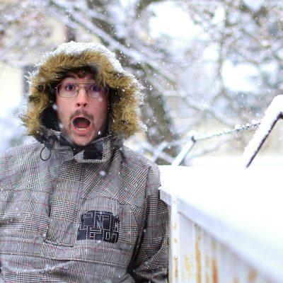Portrait dans la neige à Toulouse