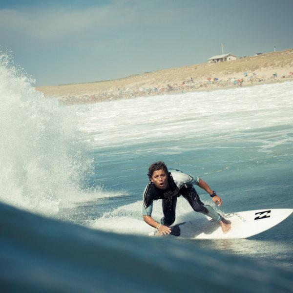 bottom-turn-peterson-crisanto-billlabong-surfer-surfing-lacanau-sebastien-huruguen-surf-photographer-bordeaux-france-lacanau-16-08-2012