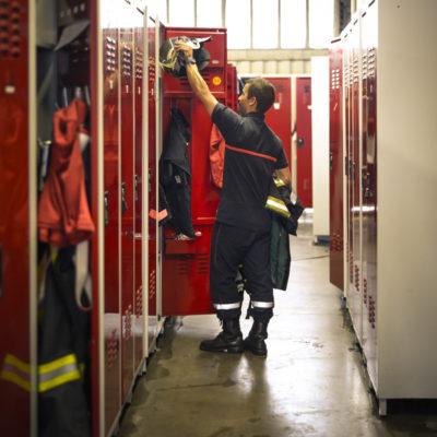 caserne-pompiers-sdis-33-ornano-sdis33-gironde-magazine-casiers-backstage-sebastien-huruguen-phtographe-bordeaux