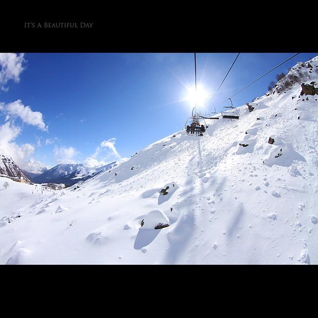 Bientôt l'hiver ! #piau #piauengaly #2010 #snow #hiver #winter #neige #pyrenees #montagne #huruguen #sun #soleil