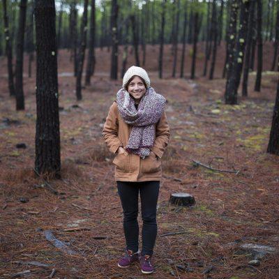 portrait mode winter hiver femme sous bois foret medoc sebastien huruguen fashion editorial