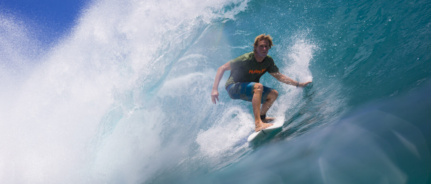 surfer in uluwatu tube barrel bali liquid eye whs sebastien huruguen indonesia