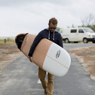 photographe-mode-bordeaux-lifestyle-book-ambiance-portrait-surfer-longboard-sud-gironde-sebastien-huruguen