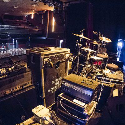 concert-krakatoa-merignac-backstage-ampli-materiel-scene-batterie-drums-live-stage