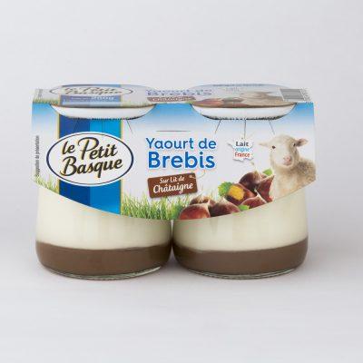 sebastien-huruguen-photographe-packshot-bordeaux-le-petit-basque-yaourt-brebis-sur-lit-de-chataigne