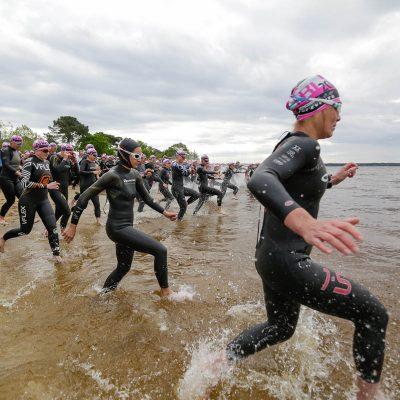 Départ natation féminines Scott Half Triathlon - Lacanau Tri Events 2016 | Sébastien Huruguen www.huruguen.fr