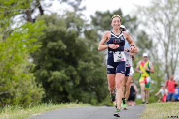 Manon Genet (Girondins de Bordeaux Triathlon) remporte le Scott Half Triathlon - Lacanau Tri Events 2016 | Sébastien Huruguen www.huruguen.fr