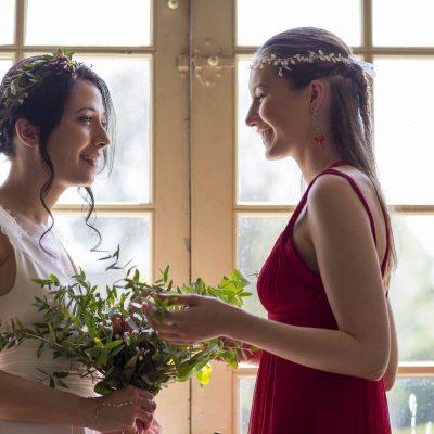 nena-balbina-claire-carbonnel-les-mariages-de-mademoiselle-L-Elisabeth-Delsol-sebastien-huruguen-photographe-bordeaux-champetre-contre-jour