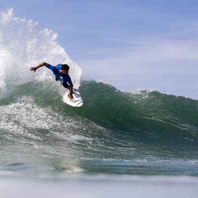 Maxime Huscenot backside snap on the Hossegor waves - Quik Pro France 2016 | Sebastien Huruguen www.huruguen.fr