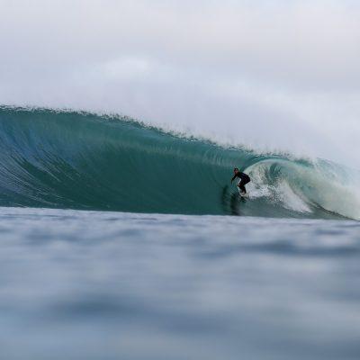 Nicolas Brieda bomb barrel in Hossegor step off surfing - Quik Pro France 2016 | Sebastien Huruguen www.huruguen.fr