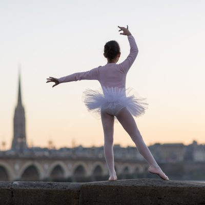 ballerina-project-bordeaux-dancing-pont-de-pierre-bordeaux-city-sebastien-huruguen-photographe