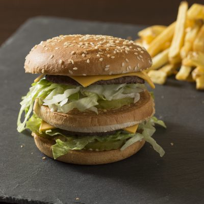 photographe-culinaire-food-bordeaux-sebastien-huruguen-burger-frites-streat-burger-uber-eats