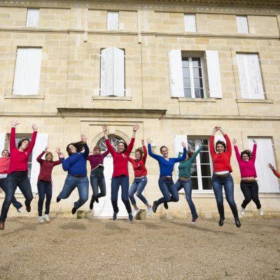 photographe-evjf-bordeaux-gironde-saint-emilion-sebastien-huruguen-groupe-filles-saut