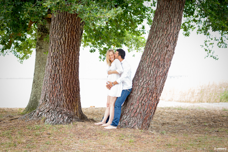 sebastien-huruguen-photographe-grossesse-futurs-parents-sanguinet-landes-gironde-maman-papa-femme-enceinte-foret