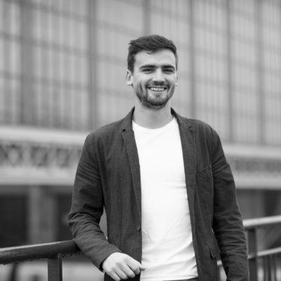 sebastien-huruguen-photographe-bordeaux-portrait-professionnel-entreprise-communication-gare-saint-jean-halle-2
