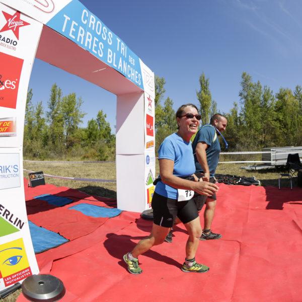cross-tri-des-terres-blanches-2018-triathlon-sebastien-huruguen-photographe-lac-espiet-arrivee-finish-line